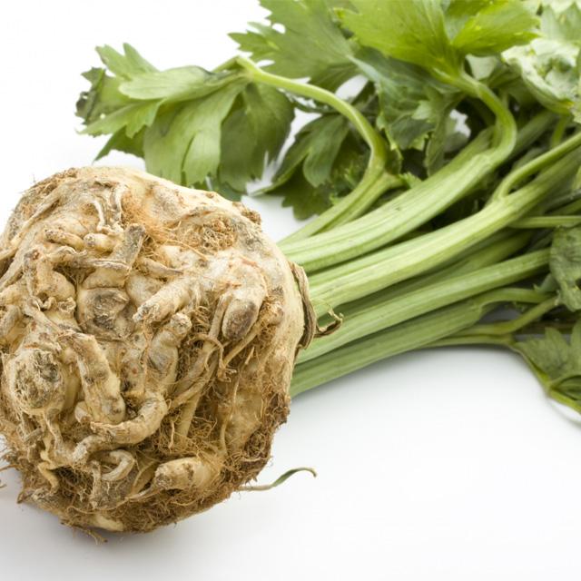 Sucul de telina, remediul rapid pentru hipertensiune si afectiuni renale