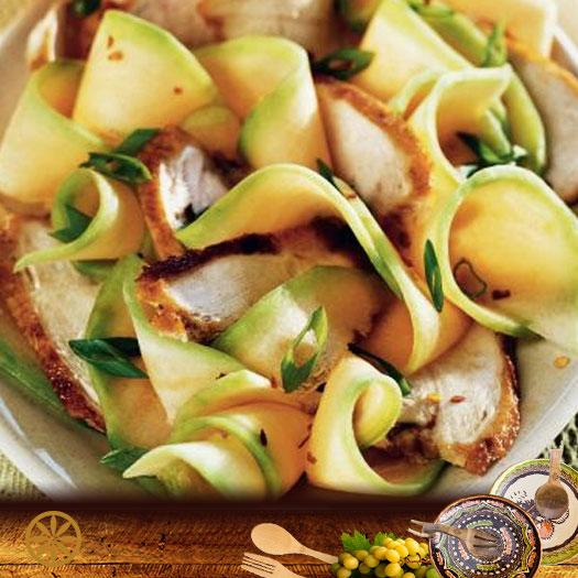 Salata de pui cu pepene galben